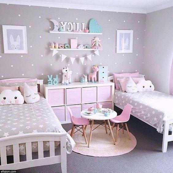 Desain Kamar Tidur Anak Feminim Minimalis dengan 2 Tempat Tidur