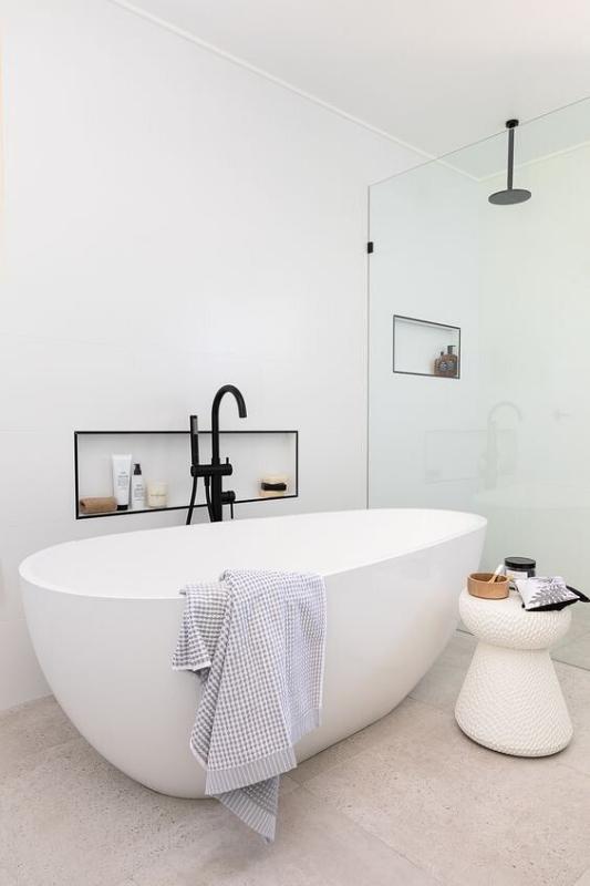 Freestanding Onix Bathtub