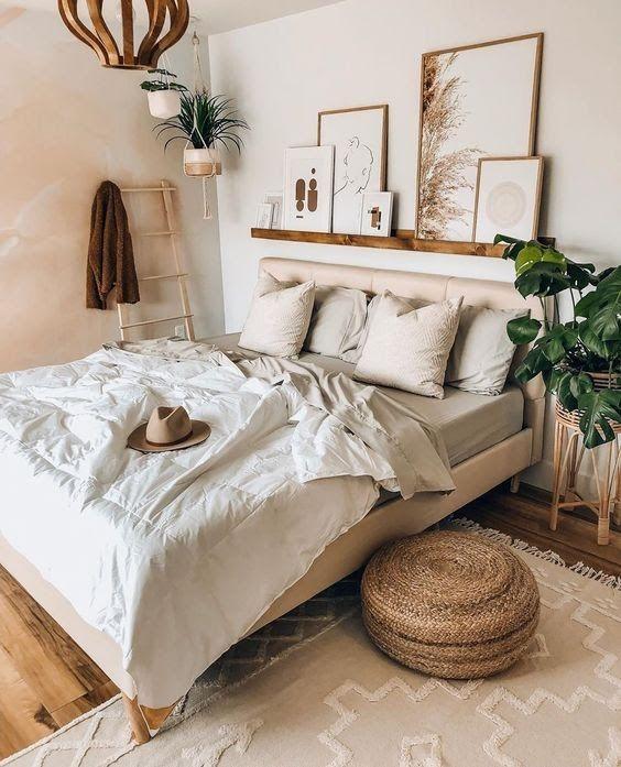 Hiasan Dinding Kamar Tidur Model Natural Klasik