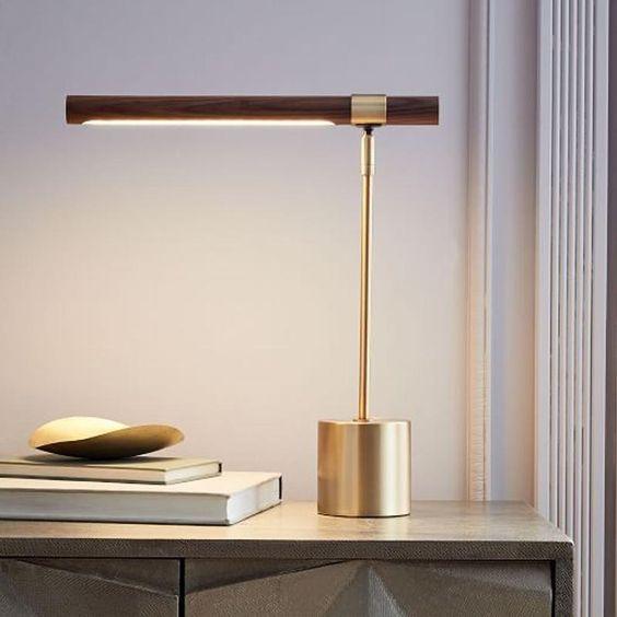 Lampu Belajar Wood and Gold