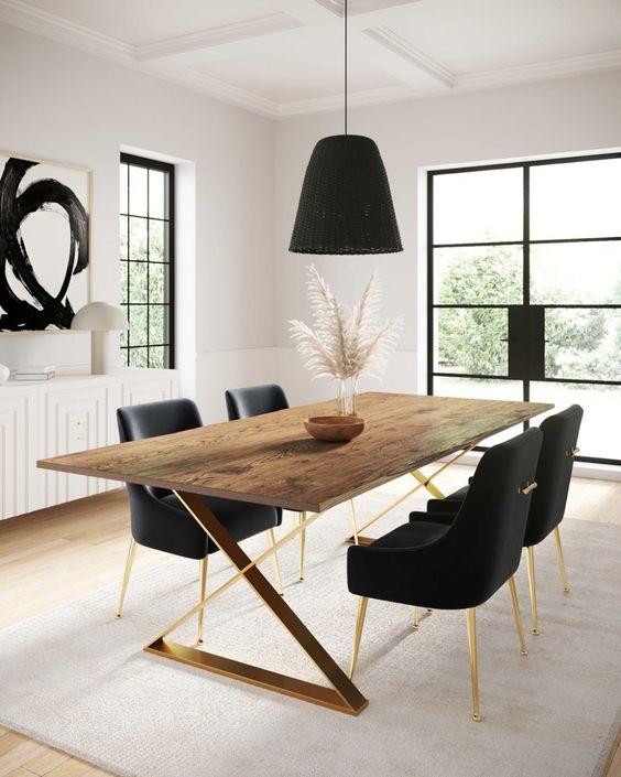 Meja Makan Perpaduan Kayu dan Besi Warna Emas