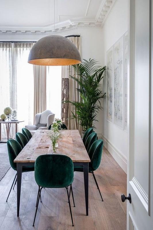 Meja Makan Perpaduan Kayu dan Besi Warna Hitam