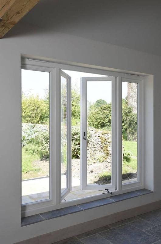 Ventilasi Model Casement Window