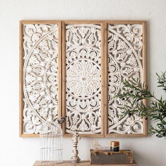 Hiasan Dinding Kayu Model Ukiran Bunga