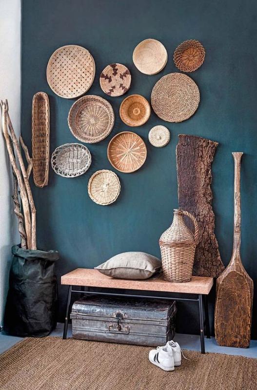 Hiasan Dinding Kayu dengan Peralatan Dapur