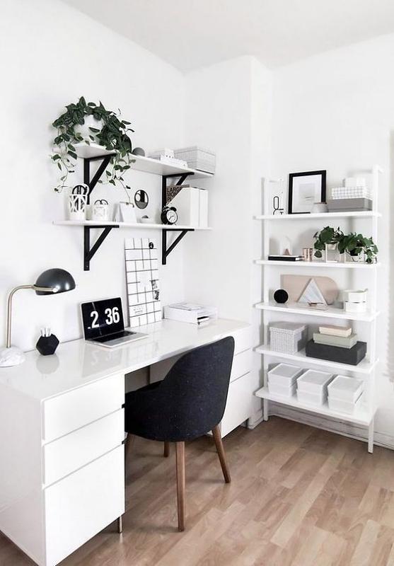 Meja Kerja Minimalis Serba Putih