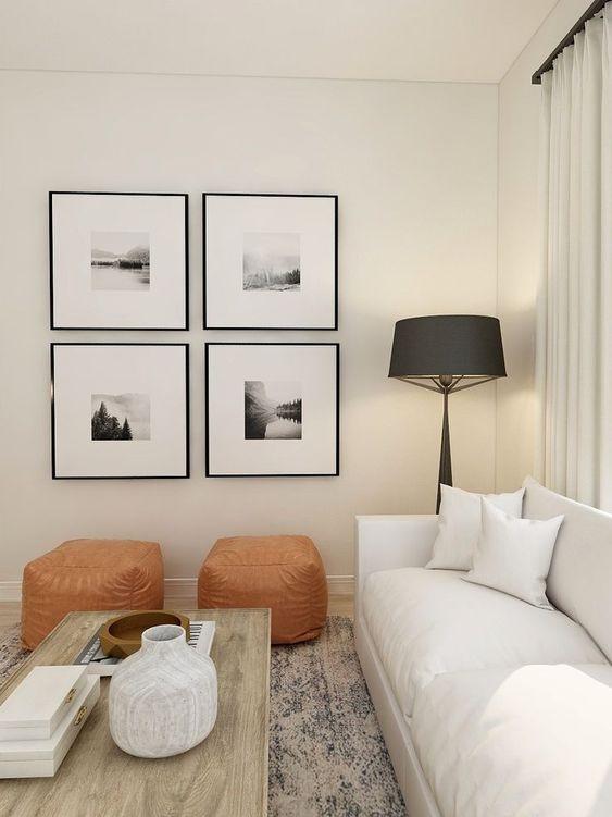 Ruang Tamu Minimalis dengan Lukisan dan Lampu Hias