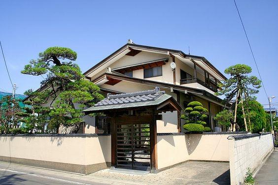 Rumah Jepang Gaya Rumah Bertumpuk